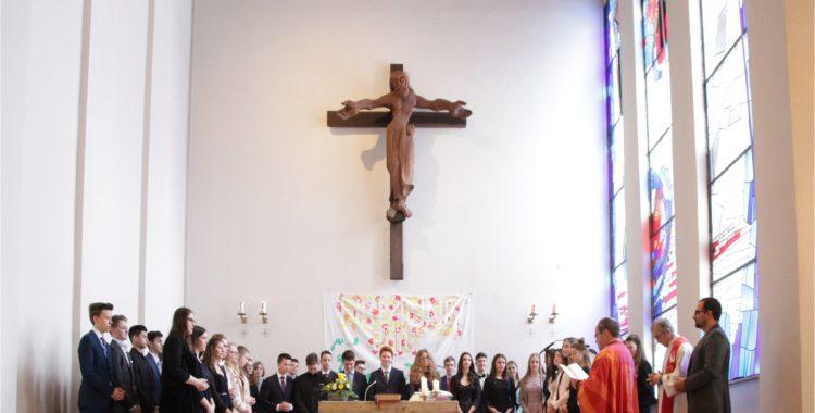 44 Jugendliche aus unserer Gemeinde wurden gefirmt